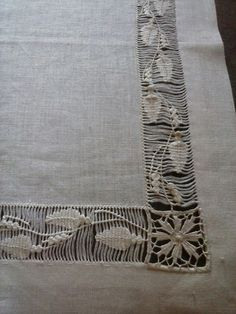 Arte del Filo Associazione Culturale Ricamo's media content and analytics Hardanger Embroidery, Embroidery Stitches, Hand Embroidery, Hem Stitch, Crochet Bedspread, Drawn Thread, Creative Embroidery, Cut Work, Sewing A Button