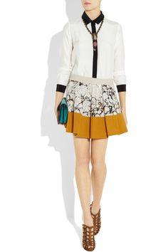 Proenza Schouler pleatedp rinted cotton skirt, Kelly Wearstler necklace, Sandro top, Pierre Hardy shoes, Burberry Prorsum bag.