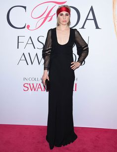 Zosia Mamet aux CFDA Fashion Awards 2016