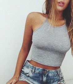 #summer #fashion / gray crop top