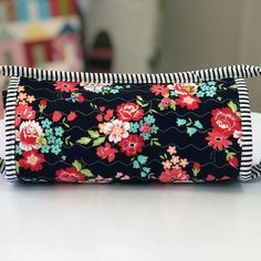 #sewtogetherbag hashtag on Instagram • Photos and Videos Sew Together Bag, Zip Around Wallet, Photo And Video, Sewing, Couples, Videos, Photos, Bags, Instagram