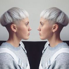 Soooo vibin' on this! Hair by Keri! @hairlizard #keribangseattle #seattlehair #seattlesalon #seattlebarber #stylist #colorist #olaplex #bleach #bleachandtone #bowlcut #bolwcuts