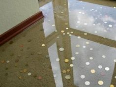 epoxy resin floor, hmmm could put something really interesting under a clear resin!.
