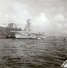 Hr.Ms. Karel Doorman aan de Parkhaven 1963