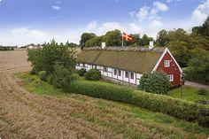 beautiful skånelänga! I wanna live here!