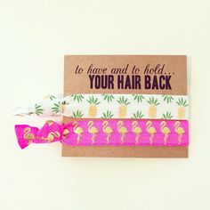 Aloha! Onze haren stropdas kaarten zijn de perfecte gunst voor uw bachelorette of Welkom tas! Serieus, wie kan zeggen nee tegen Flamingos en