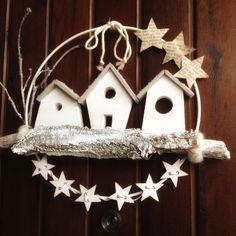 Christmas Love, Outdoor Christmas, Christmas Wreaths, Christmas Crafts, Christmas Decorations, Xmas, Christmas Ornaments, Kawaii Diy, Diy Fall Wreath