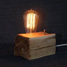 Handmade wooden lamp Edison lamp bedside lamp wood by LignaLab Bedside Lamps Vintage, Bedside Lamps Wood, Wooden Desk Lamp, Table Lamp Wood, Industrial Night Lights, Industrial Style Lamps, Rustic Lamps, Rustic Wood, Lampe Edison