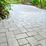 Laying A Paver Patio / love this website!  Lots of projects and tutorials