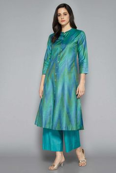 Shop Zuba by Westside Sea Green Kurta from Shoprapy ! Silk Kurti Designs, Kurta Designs Women, Salwar Designs, Kurti Designs Party Wear, Blouse Designs, Stylish Kurtis Design, Stylish Dress Designs, Stylish Dresses, Indian Designer Outfits