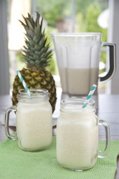 This refreshing blended drink recipe is the perfect way to cool down on a hot day! The fresh, summery flavors of this frozen Caribbean Slush are simply delicious. This refreshing blended drink Juice Smoothie, Smoothie Drinks, Healthy Smoothies, Healthy Drinks, Coconut Smoothie, Refreshing Drinks, Summer Drinks, Fun Drinks, Beverages