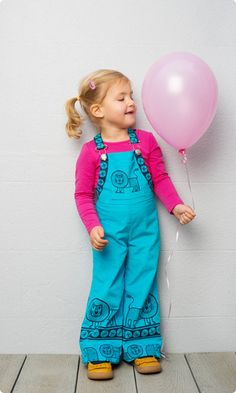 Smiley Lion Dungarees | Unisex Sewing Pattern | Blue | Age 2-4