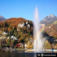 Le Jet d'eau de Genève est à l'arrêt jusqu'au 16.11. l'occasion d'admirer la fontaine à Weesen au Walensee  The Jet d'eau in Geneva is off until 16.11 let's have a look at the fountain in #Weesen on #Walensee. Merci @karzandreas