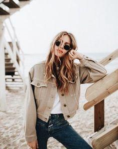 Nice 38 Beautiful Spring Bohemian Style for Women https://clothme.net/2018/03/21/38-beautiful-spring-bohemian-style-women/