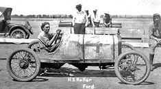 Early Ford Model T race cars. Primitive, fun and deadly...