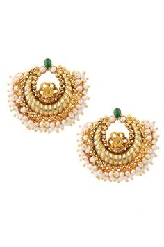 Cute gold and pearl earrings. They can go with anything.