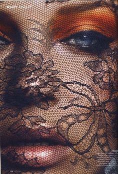 Google Image Result for http://photo-bugs.com/wp-content/uploads/2012/07/orange-makeup.jpg
