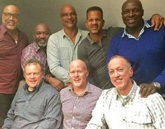 Always eager to add to his base of football knowledge, Bills head coach Sean McDermott saw a mutually beneficial opportunity when he invited seven Bills from the AFC title teams to dinner this week. Buffalo Bills Memes, Buffalo Bills Football, Nfl Football, Football Humor, Sean Mcdermott, Baby Buffalo, Buffalo New York, Sports Memes, Sports Logos