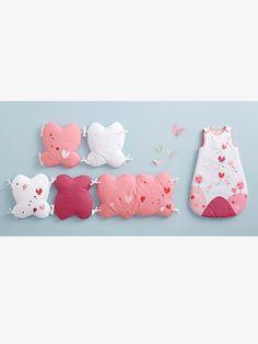 Bettumrandung 'Schmetterlinge' für Babyzimmer - ROSA - 1