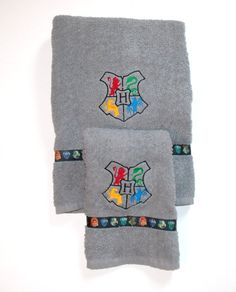 Hogwarts Crest Harry Potter Bath & Hand Towel Set  by outofmyhead