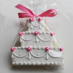 Floral Swag Wedding Cake Cookie Favors