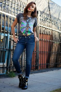 Ashley from Ring My Bell in our #7FAM 'The Skinny' jeans.