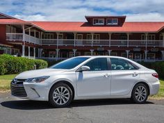 2015 Toyota Camry XLE gets sharper steering & new looks.