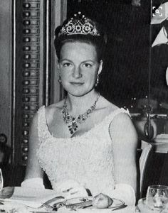 On 29 April 1964 Princess Irene of the Netherlands wed Prince Carlos Hugo, Duke of Bourbon-Parma, and converted to catholicism, none of her family attended the wedding and Irene wore the peacock ruby tiara during the earlier years of her marriage Dutch Royalty, English Royalty, Parma, Bourbon, Queen Wilhelmina, Dutch Princess, Royal Tiaras, Royal Jewelry, Queen Maxima