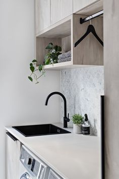Design Duo Zephyr & Stone unveil their latest project. Laundry Decor, Laundry Room Design, Laundry In Bathroom, Home Design, Küchen Design, Modern Laundry Rooms, Laundry Room Inspiration, Home Builders, Home Decor