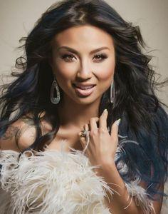 Jeannie Mai. Love her hair!