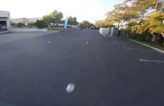 Course de drones dans un entrepôt