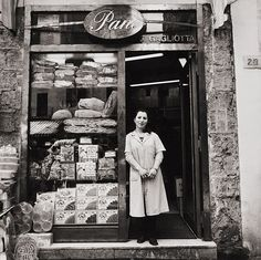 old bread shop- just so classic and pretty.