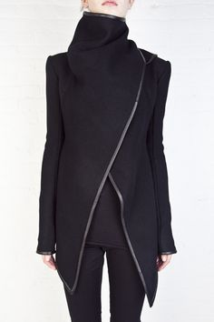 gareth pugh - Black high collar jacket