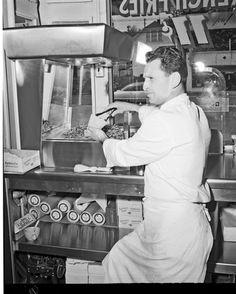 Gil's Restaurant, 1954