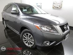 Used-Cars-For-Sale-Minneapolis | 2015 Nissan Pathfinder SL | http://www.minneapoliscarsforsale.com/dealership-car/2015-Nissan-Pathfinder-SL