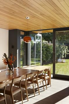 Modern Meets Traditional: The Lovely Hawthorn House in Melbourne, Australia
