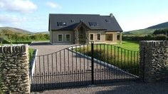 Modern+residenceVacation Rental in Dingle Peninsula from Home And Away, Deck, Mansions, Bedroom, House Styles, Outdoor Decor, Modern, Vacation, Travel