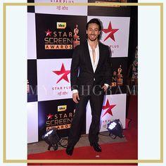 Tiger Shroff at Star Screen Awards 2016