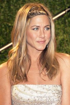 Jennifer Aniston with hair braids at the 2009 Oscars