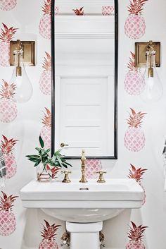 24 Trendy Bathroom Design Small Country Home Decor Bathroom Paint Colors, Bathroom Wall Decor, Bathroom Lighting, Bathroom Ideas, Bathroom Inspiration, Modern Bathroom, Small Bathroom, Kitchen Small, Bathroom Interior