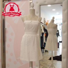Vestido color blanco con bolsillos #moda #ropa #fashion #día #vestido #retro #almacoqueta #leonesp #verano #azul #blanco