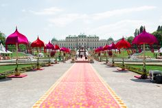 Indian Style, Indian Fashion, Taj Mahal, Sidewalk, Louvre, Building, Wedding, Travel, Color