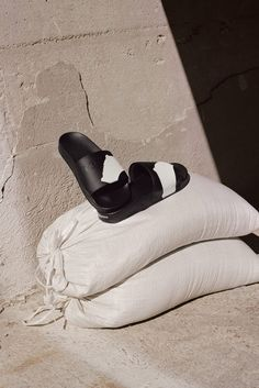 The campaign captures some of the season's most directional pieces against the soaring industrial backdrop of a Los Angeles shipyard. Fashion Still Life, Still Life 2, Shoe Advertising, Fashion Advertising, Shoes Editorial, Editorial Fashion, Yohji Yamamoto, Summer Campaign, Campaign Fashion