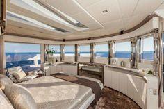Dreamline 26 – owner's cabin Luxury Yacht Interior, Boat Interior, Luxury Cars, Yacht Design, Jet Privé, Home Design, Interior Design, Super Yachts, Boat Plans