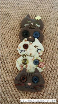 Cat Crafts, Diy And Crafts, Key Covers, Felt Fabric, Plush Animals, I Love Cats, Diy Jewelry, Primitive, Sewing Projects