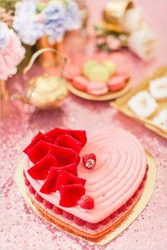 #heartdessert #weddingdessert @weddingchicks