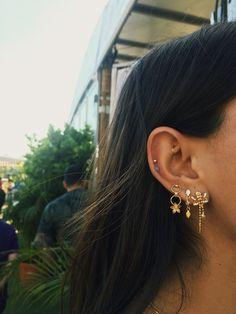 Gold Bar Stud earrings in Gold fill, short gold bar stud, gold fill bar post earrings, gold bar earring, minimalist jewelry - Fine Jewelry Ideas - Ear Piercing Daith Piercing, Spiderbite Piercings, Pretty Ear Piercings, Peircings, Rook Piercing Jewelry, Multiple Ear Piercings, Cartilage Hoop, Triple Lobe Piercing, Tatuajes