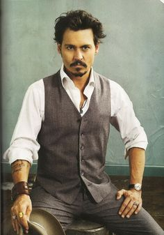 aquaskye: Stylish Men who Rock Jewelry - Johnny Depp - Kanye West - Karl Lagerfeld - Men's Style