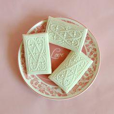 Springerle cookie molds make gorgeous wedding cookies, cake adornments and cupcake toppers.