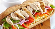 Light and Fast Sandwiches – Dish and Recipe – Weight Watchers Easy Smoothie Recipes, Healthy Recipes, Healthy Food, Weight Watchers Chicken, Grilled Fruit, Kebab, Food Shows, Food Network Recipes, Food And Drink